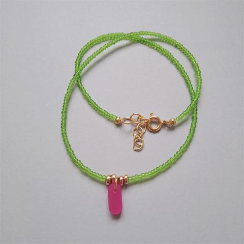 Collar chaquira verde